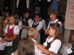 20110804-KindervolkstanzTrachten-38